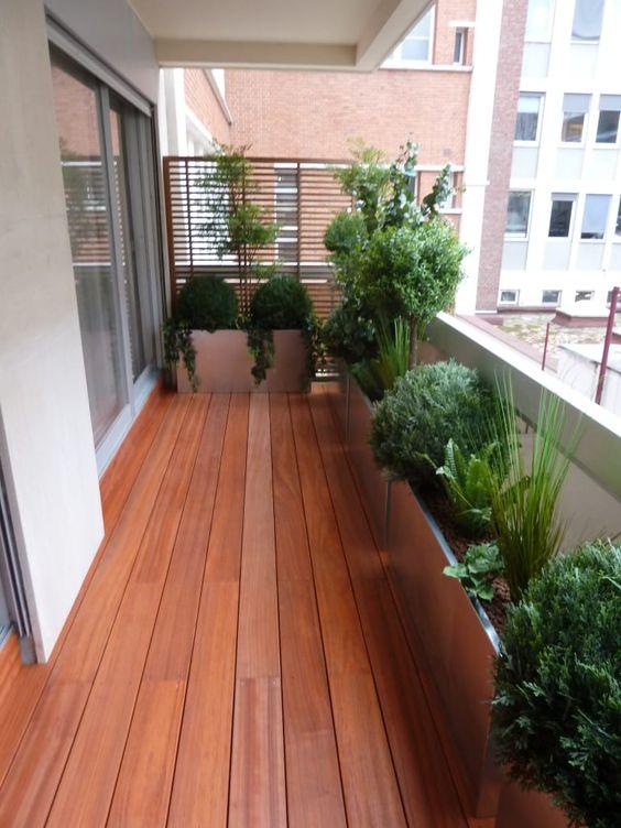 Ideas para decorar terrazas pequeñas con jardin dentro