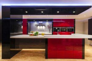 Cocinas en color rojo y negro