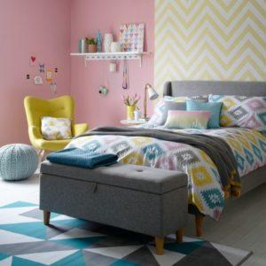 Habitacion gris y rosa niña