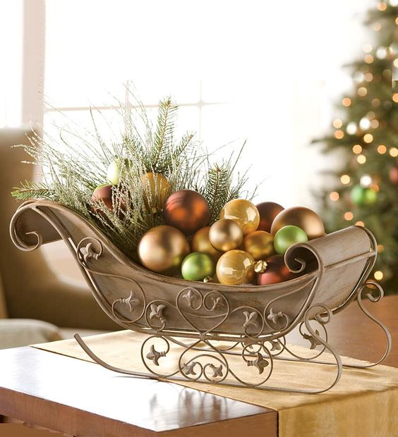 Arreglos para las mesas navideños con herrería sencillos