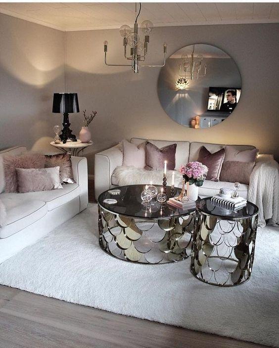 muebles en color plateado para salas modernas