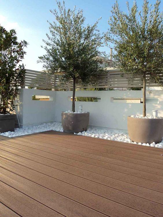 diseño de pisos de madera para patios grandes