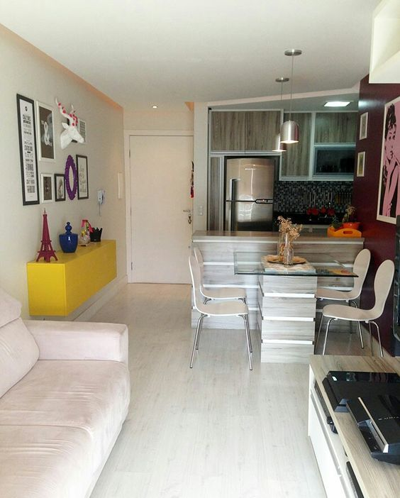 muebles con base de cristal para decorar apartamentos pequeños