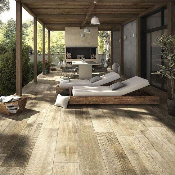 pisos de madera en tonos claros para terrazas