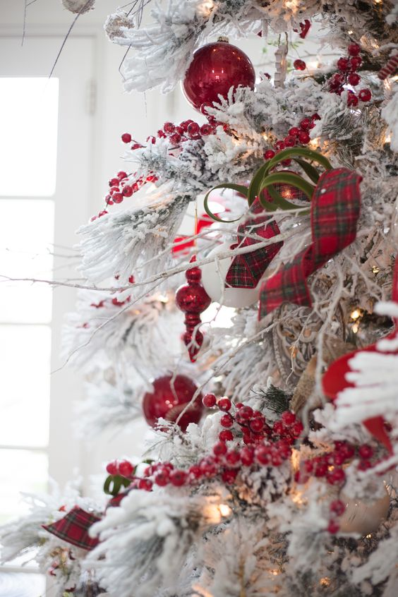 decoracion de navidad con colores de moda