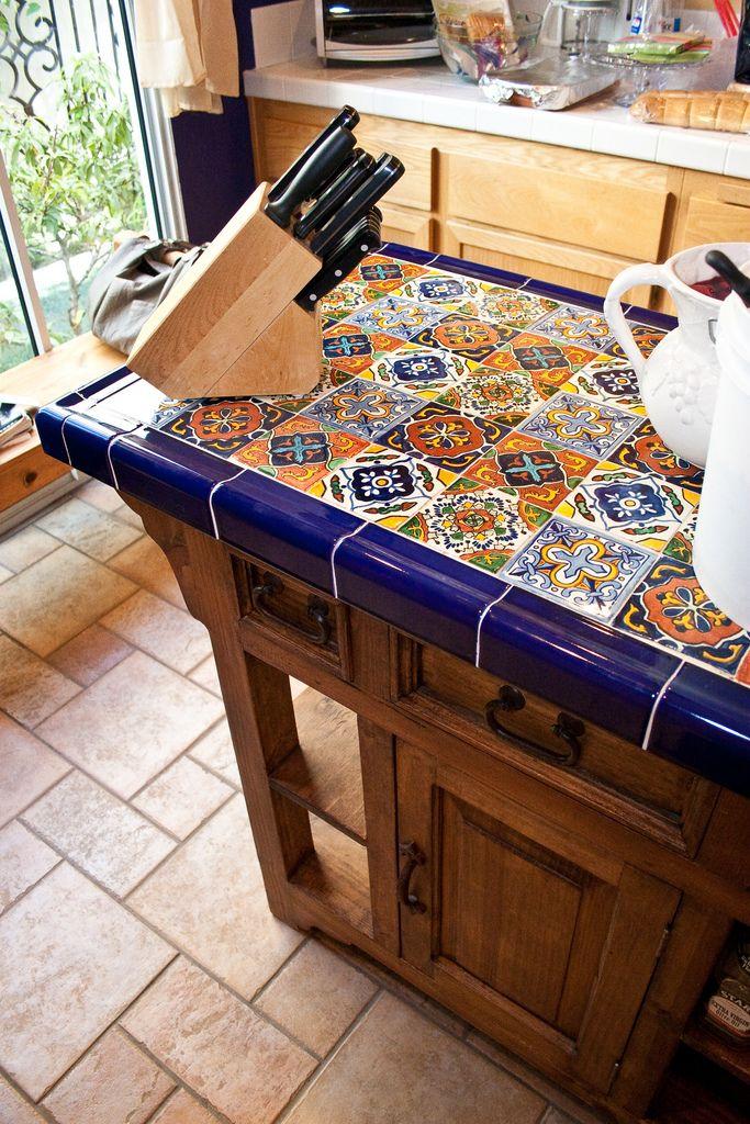 revestimiento de barras de cocina con azulejos tipo tabalera
