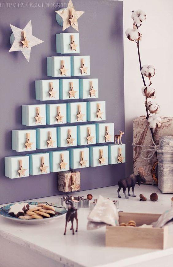 calendarios navideños con cajas de carton