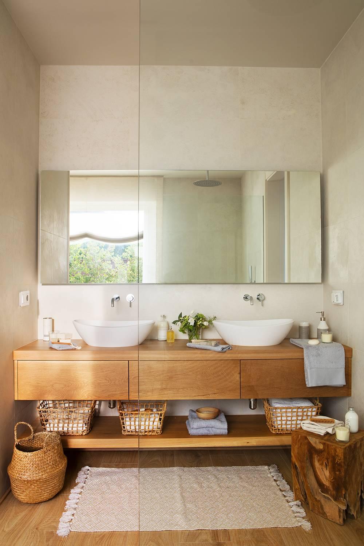 Utiliza materiales poco usuales en el baño