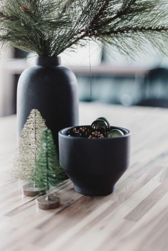 Centros de mesa navideños en color negro