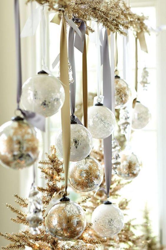 Chimeneas navideñas blanco con dorado