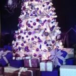 Decoración navideña plata y morado