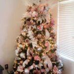 Decoración de navidad rosa con dorado