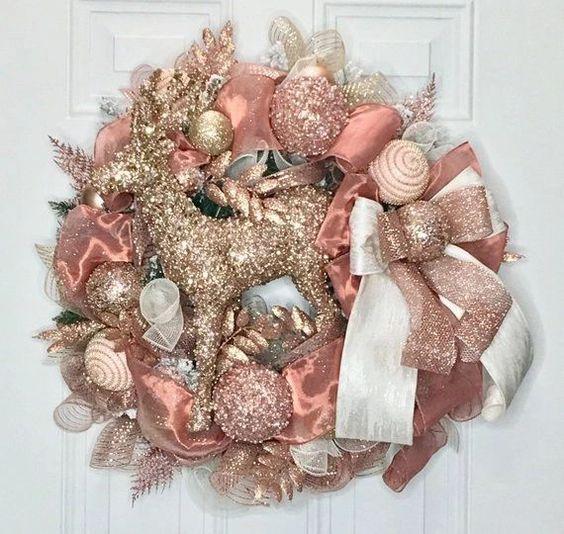 Coronas navideñas rosa con dorado