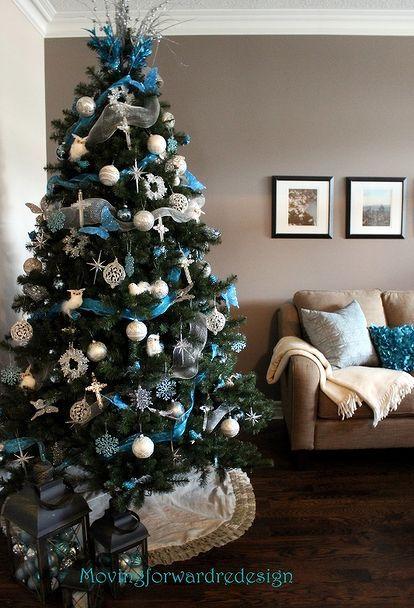 Árboles de navidad en color turquesa