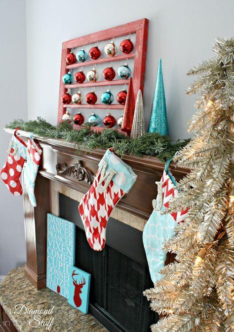 Chimeneas navideñas color azul turquesa y rojo