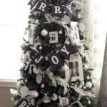 Accesorios decorativos navideños en color negro