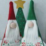 Adornos navideños rojo, verde y dorado
