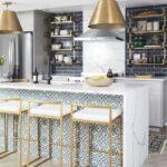 Muebles de mármol con dorado