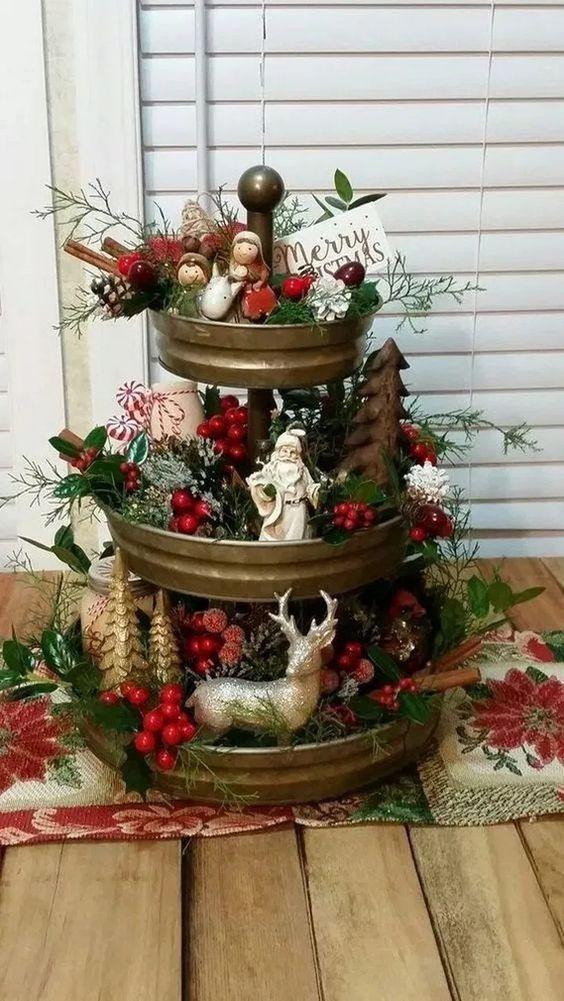 Decoración de navidad rojo con dorado